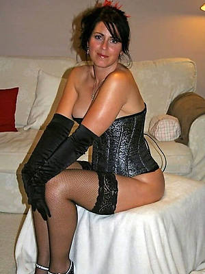 free pics of matured inclusive in stockings