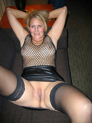 mature woman surrounding stockings love porn