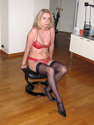 matured woman there stockings porn pic download