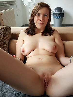 porn pics of sweet mature pussy