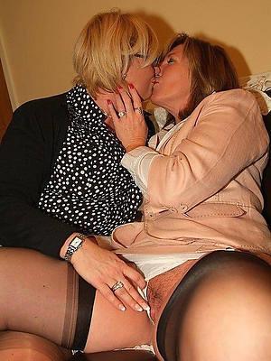 free pics of mature milf lesbians