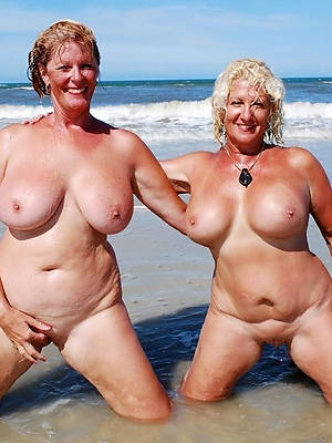 mature milf lesbians love porn