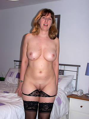 mature single women stripped