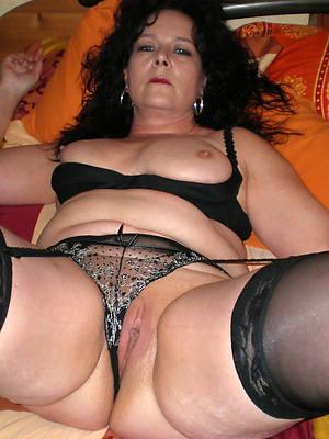porn pics of hot brunette mature