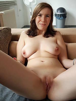 Mature female fuck sites