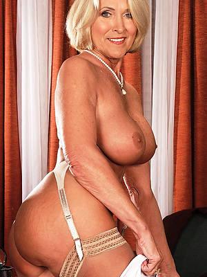 mature column over 60 posing nude
