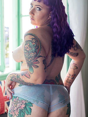 naked adult women with tattoos porn pic download