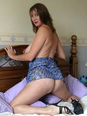 crazy nice mature ass nude pics