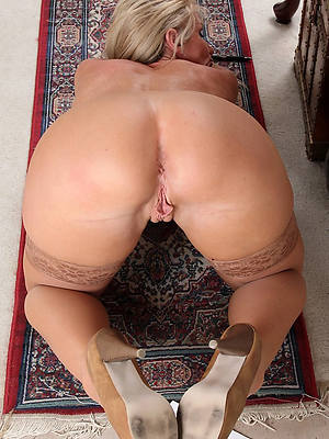 naught mature pest and pussy homemade porn pics