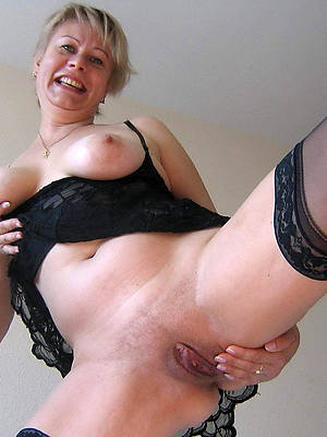 mature moms masturbating posing nude
