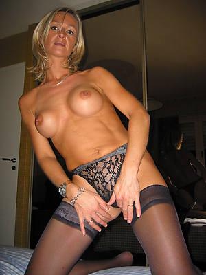 xxx free amateur of age mom unshod pictures