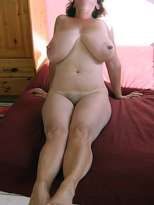 crude mature feet porn