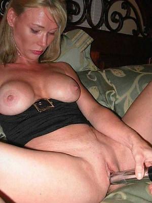 horny amateurish mature pics