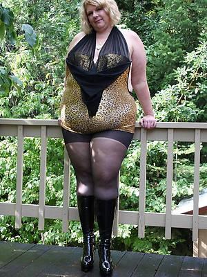 mature chubby ladies perfect body
