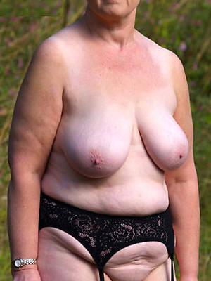 mature grandmas nude photos