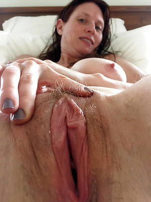 pornstar amateur mature mommy pussy