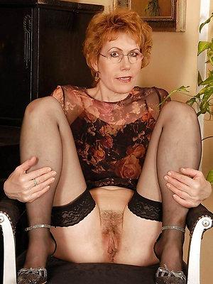 gorgeous high heel matures porn pics