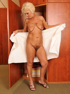 silly free mature women porn