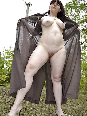 slutty sexy mature legs xxx