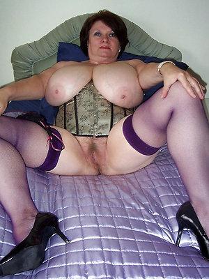 well done mature women legs