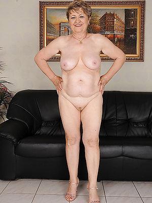 sexy xxx mature hot legs