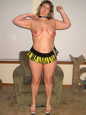 hotties mature hot legs