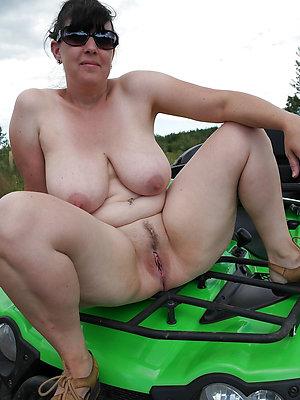 free pics be proper of matured legs lovemaking
