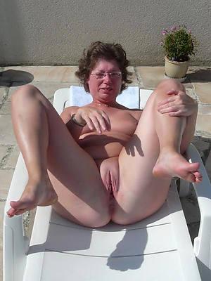 naught nude mature over 50 nude photos