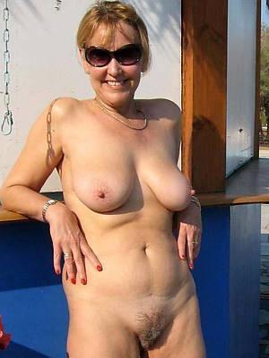 mature women in glasses slut pictures