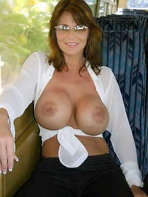 xxx mature with glasses porn pics