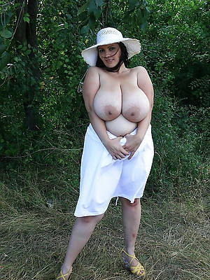 mature unpractised moms naked porn pics