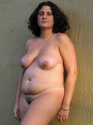 xxx mature amature nude pictures