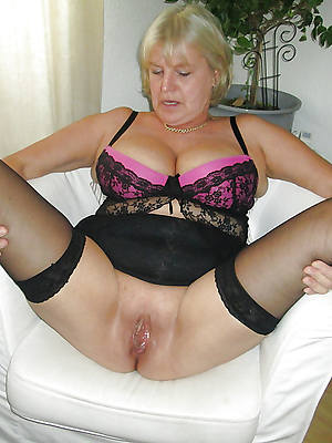 mature women in stockings cunt lips