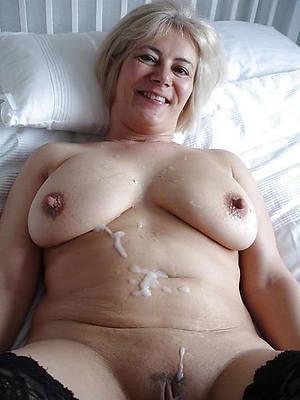 beautiful naked mature milf cumshots pics