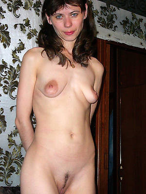 mature hanging tits porn pic download