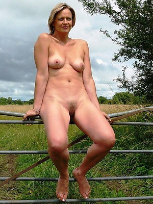 mature tits outdoors thorough body