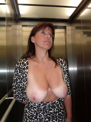 xxx mature big breasts porn pictures