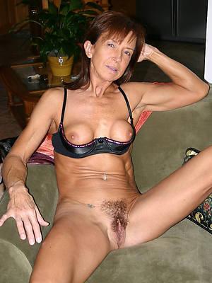 affront grown-up tits pics