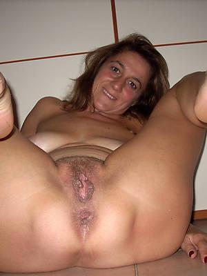 mature women concerning beautiful feet slut pictures