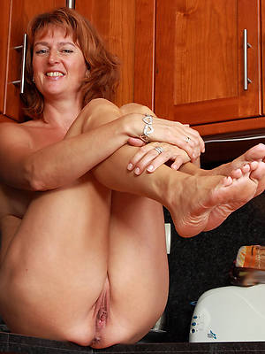 xxx beautiful women feet porn photos
