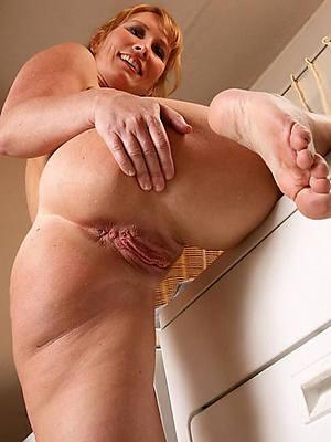 women with pretty feet good hd porn