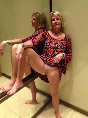 column with pretty feet porn pic download