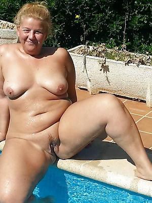 hotties mature older women pictures