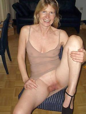 mature erotic ladies titties nude