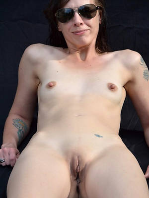 porn pics of nude women with small tits