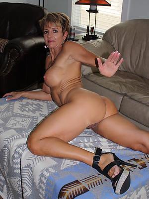 naught crush mature mom pics