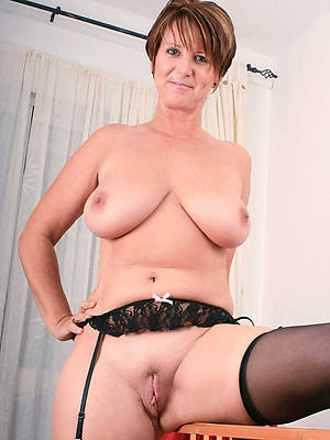 matured moms big boobs porn pic download