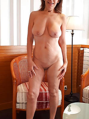 horny mature women involving glasses naked porn pics