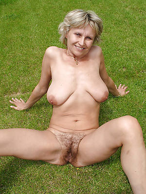 free mature solo cunt lips