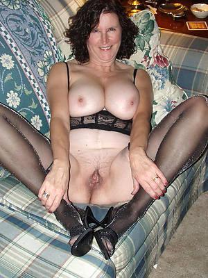 mature in swart stockings posing